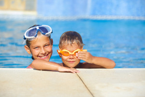 save energy with a solar pool cover